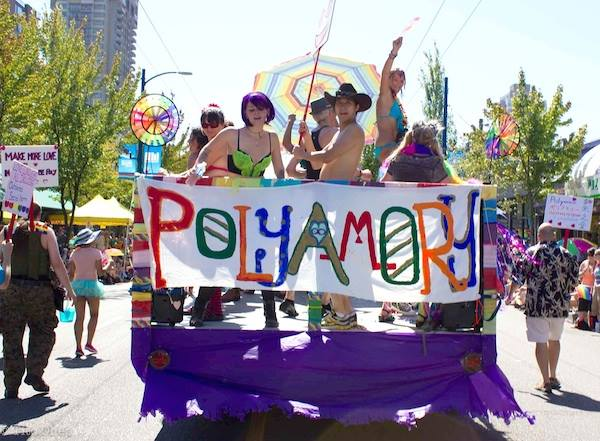 Carrossa Polyamory al Pride Parade de Vancouver